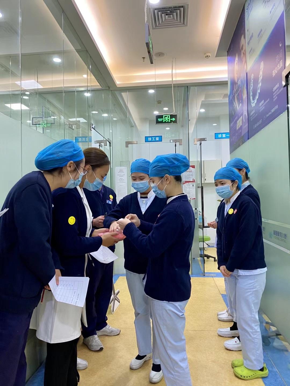 維港口腔連鎖品牌成功舉辦2021年第一場護士技能大賽