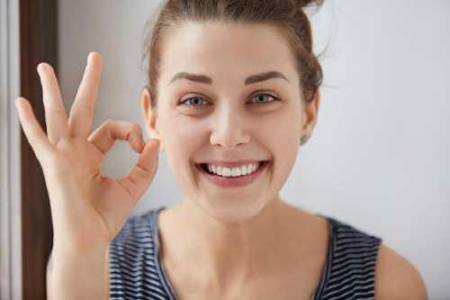 個別前牙錯位、扭轉能做烤瓷牙矯正嗎